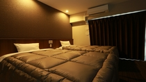 ■ ツインルーム ■  幅120センチのベッドが2台あるお部屋