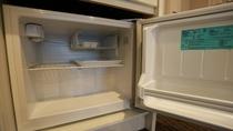 ■空のミニ冷蔵庫
