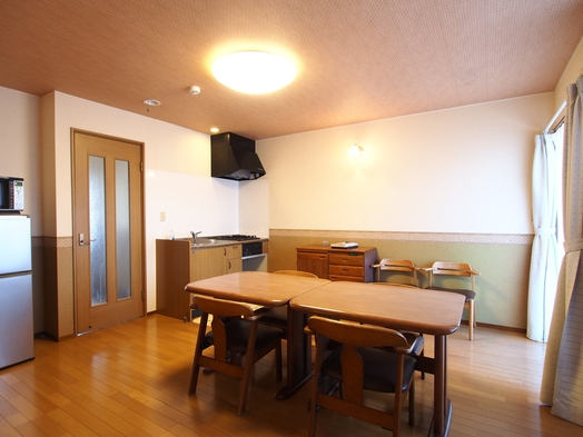 【素泊まり連泊・寝室2室・部屋付き露天風呂がリーズナブル!】約60平米でゆったり。キッチン・テラス付