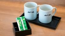 マグカップ、お茶