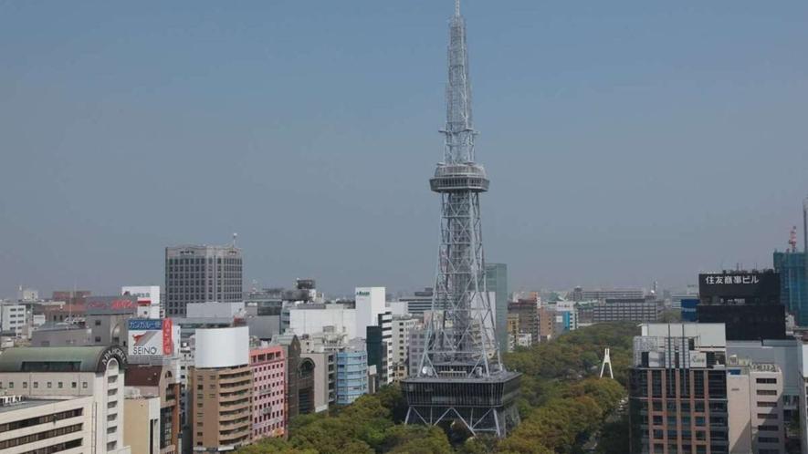 名古屋テレビ塔まで車で約5分、地下鉄桜通線・名城線「久屋大通駅」下車スグ