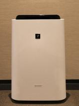 全室空気清浄機能付き加湿器を設置しております♪