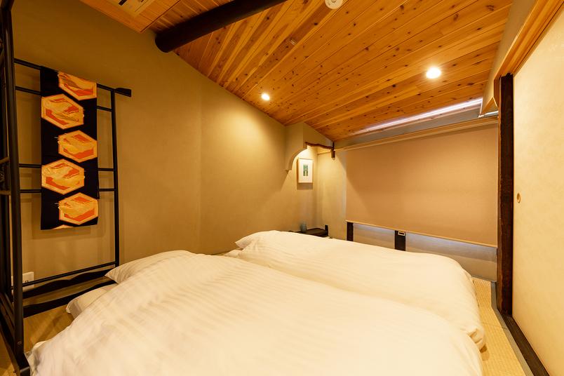 二階和室 寝室