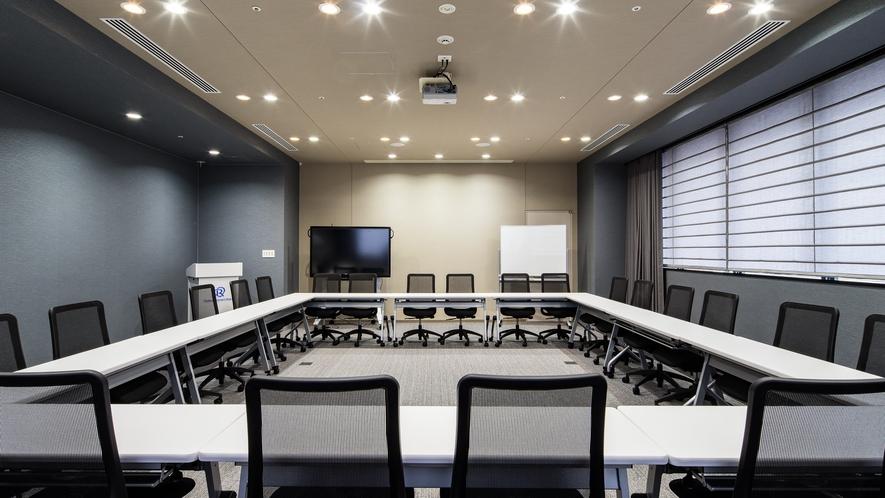 会議室利用例 ロの字形式