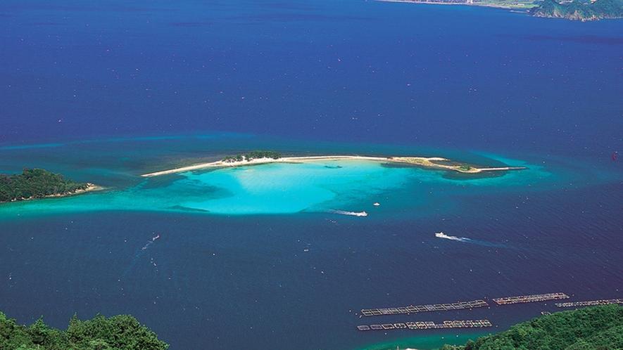 美しすぎる北陸のハワイ!夏のみ現れる無人島「水島」