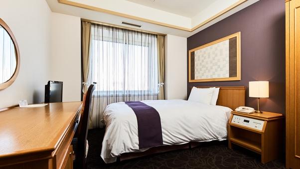 シングルルーム【喫煙可】 <ベッド幅120cm 約12平米>