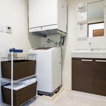 *[客室一例/1K-A]タオルは多めにご用意しており洗濯機&乾燥機完備なので長期滞在にも便利です!
