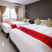 *[客室一例/2LDK]寝室はダブルベッド2台×2部屋なので、カップル・グループ・ファミリーにオスス