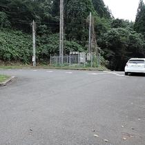 *駐車場/コテージ前には専用駐車場がございます。