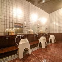 *[大浴場一例/脱衣所]洗い場は3つございます