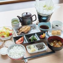 *[朝食/和定食一例]前菜/卵焼き/湯豆腐/干物など身体に優しい和定食をご用意致します