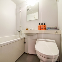 *[トリプル一例]温泉ではありませんが、ユニットバス付のお部屋もございます