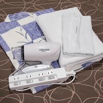 *[アメニティ一類一例]浴衣、バスタオル、タオル、歯ブラシセット、ドライヤー、電源タップ完備