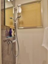 <客室>シャワー