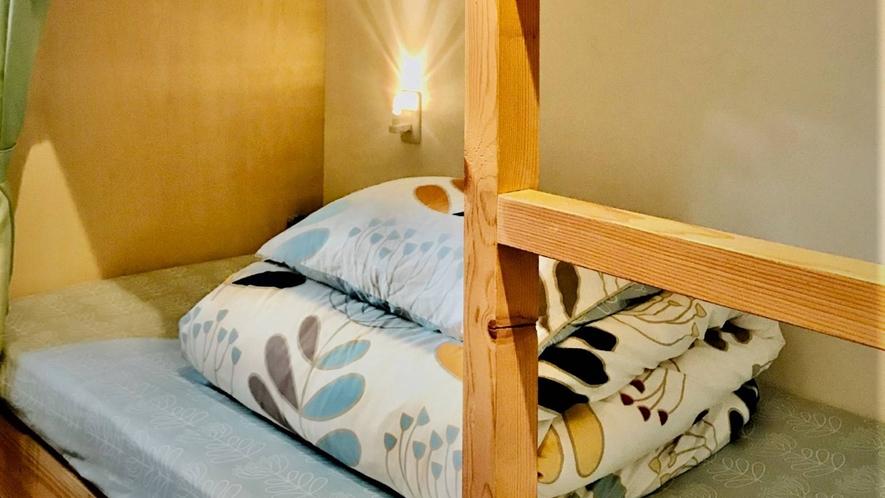 ・<男女ミックスドミトリー>2段ベッド3台