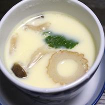 *【夕食一例】つるんと美味しい茶碗蒸し。