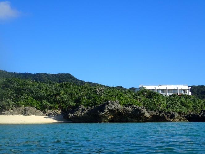 大自然の中に佇む隠れ家リゾート  ~ 3つある隠れ家ビーチで過ごす時間は、石垣島の新しい贅沢です ~
