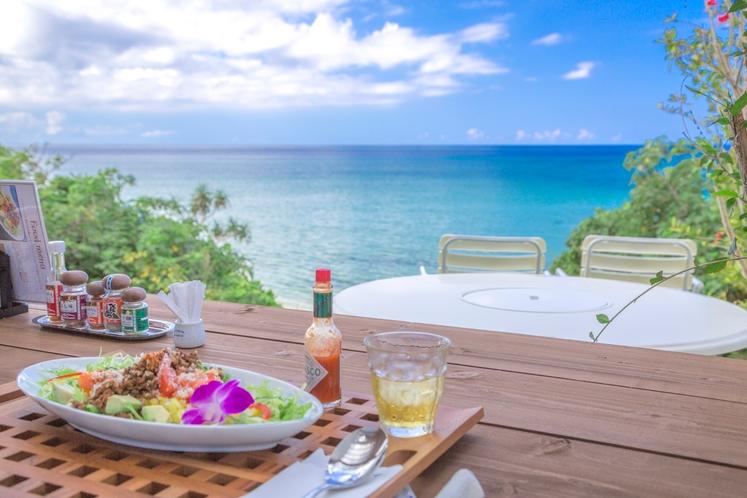 連泊のお客様用ランチ ~ 料理長特選 美崎牛と島野菜のタコライス 絶景を添えて♪ ~