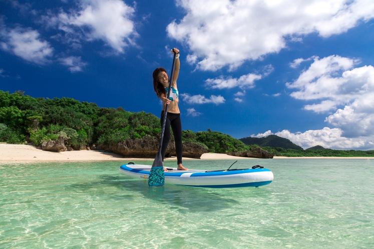アクティビティ SUP ~ 大人気のスタンドアップパドルサーフィンに挑戦してみませんか? ~