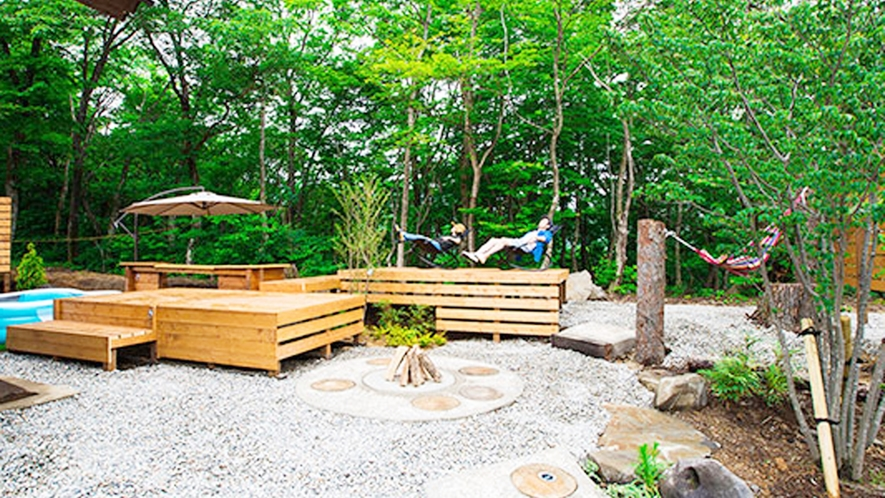 *【子供用プール付きコテージ一例】夏はプール・夏以外はもう一つのBBQスペースに!