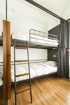 6名用個室 2段ベッド (5階)