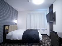 【本館】DXダブル15平米/140cm幅ベッド1台