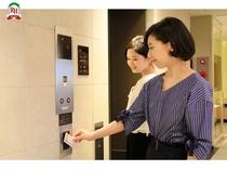 ~1階エレベーター~