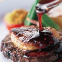 フランス料理に新中国料理のエッセンスを加味した「パシフィック・リム・キュイジーヌ」―。