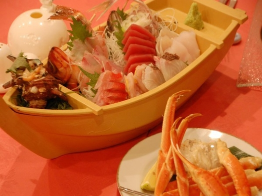 【グレードUP】伊豆の海鮮づくし!「伊勢エビ料理&浜ゆでズワイガニ&舟盛り」付洋食フルコース
