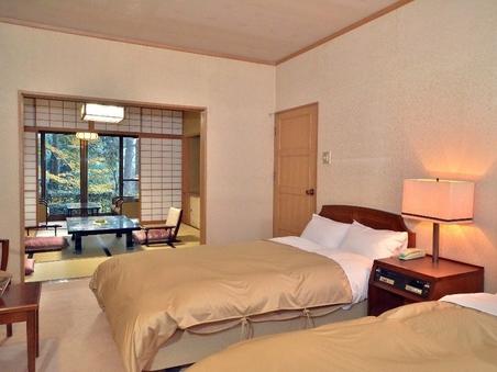 「水仙之間」展望風呂と8畳和室とツインベッドルーム