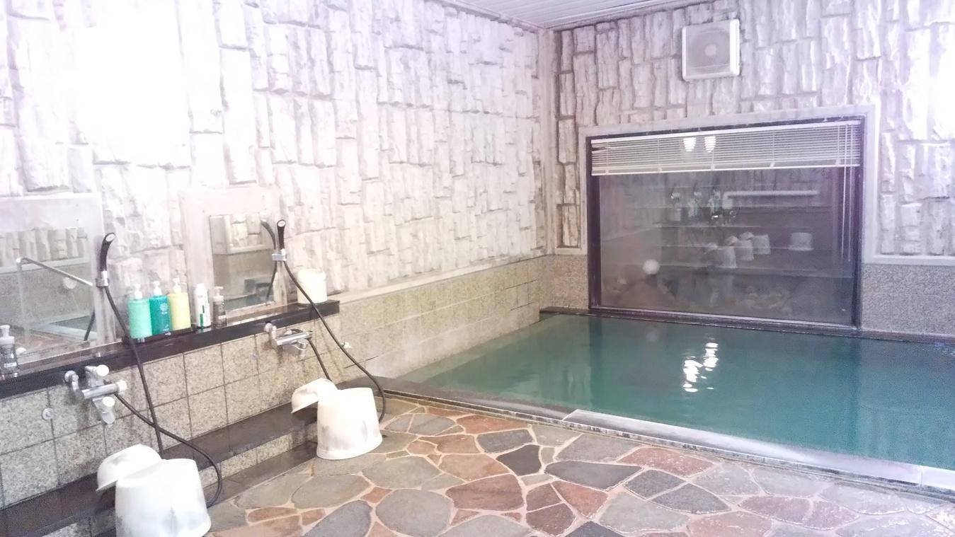 男性浴場(2)