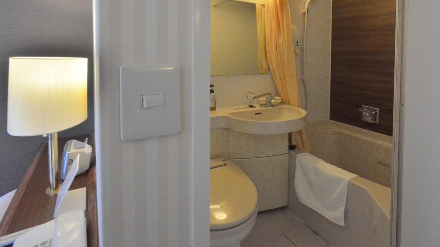 客室バスルーム:ユニットバス