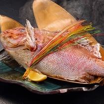 鯛の姿焼き祝い盛り