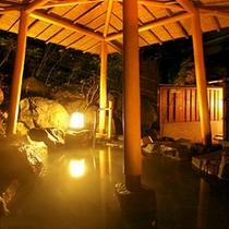 【東館B1・無料貸切露天風呂・「水天宮の湯」しらかば】貸切利用は23時までです。お早めのご利用を。