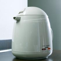 ◆客室備品◆湯沸しポット♪温かい飲み物や即席ラーメンなどに便利☆
