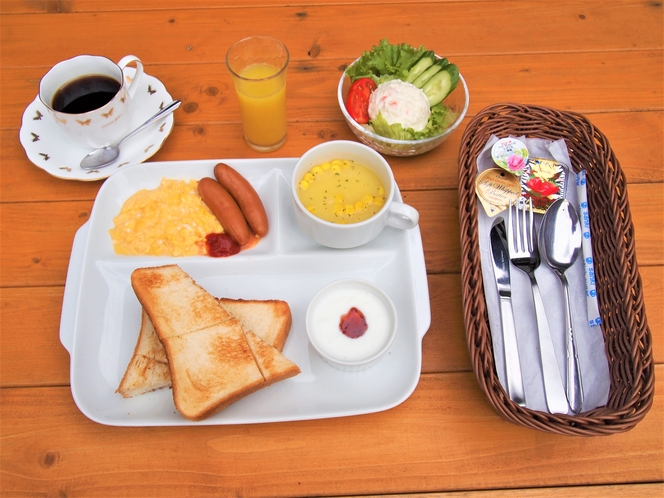 朝食(トーストセット)