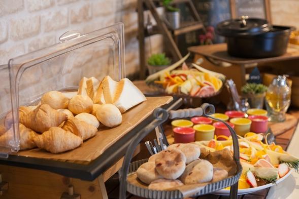 【禁煙】スーペリアダブルルーム朝食付プラン 清潔感のあるデュベ布団♪