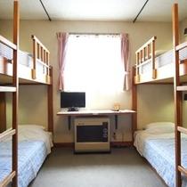 2段ベットの4人部屋