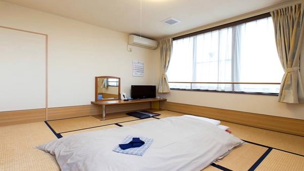 和室8畳+板間2畳