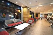 Mainbuilding-Sofa-