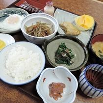 *[朝食一例]1日の元気は朝ごはんが決め手!身体に優しい日替わりの和定食