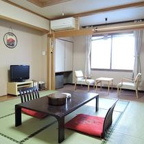 *[和室8畳一例]ユニットバス&トイレ付!4名まで宿泊可能な1番広い客室です