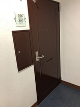 306 307 1室2部屋入口