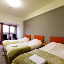 トリプルルーム ベッド