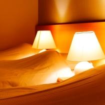トリプルルーム ベッドライト