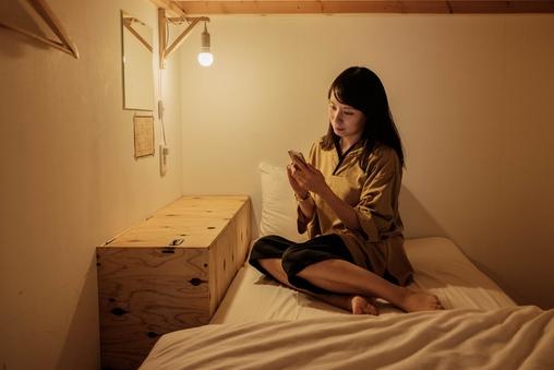 プライバシーを確保した女性専用カプセルルーム1台
