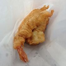 名護漁港水産物直販所(レストラン&沖縄てんぷら)【車で5分】大き目の・魚・エビ・イカのてんぷら