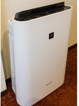 全室完備!プラズマクラスター搭載加湿機能付き空気清浄機完備