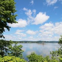 *【周辺/朱鞠内湖】朱鞠内湖は日本最大級の湛水面積を誇ります。