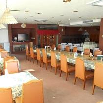 *[レストラン]朝食・夕食はこちらのレストランにてご用意致します。